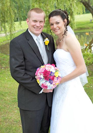 Kelly Kwasniak And Brian Luke Are Wed The Eastwick Press Newspaper
